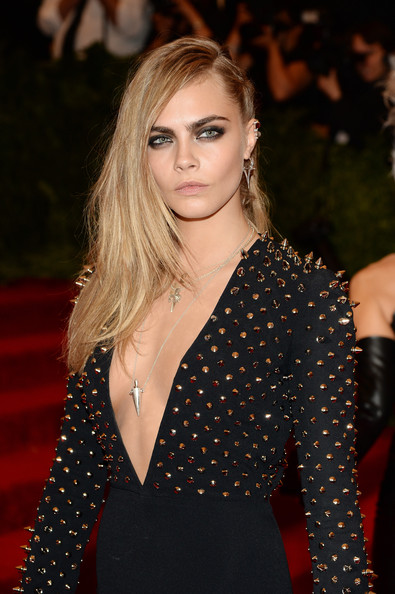 Cara Delevingne Long Side