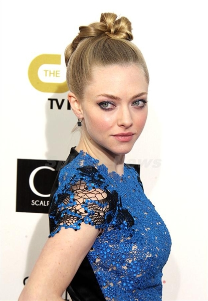 Amanda Seyfried at the 18th Critics' Choice Awards in Santa Monica