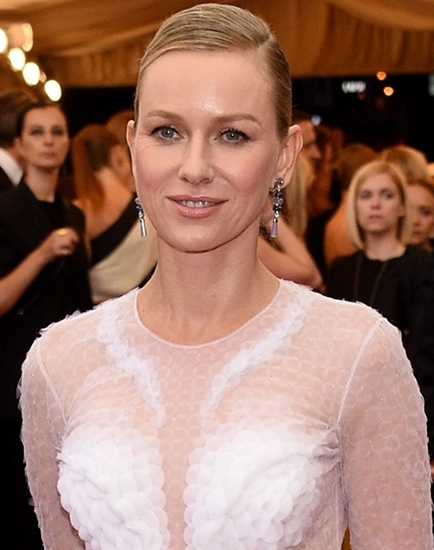 naomi-watts-met-ball-2014-red-carpet-01